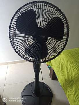 Se vende ventilador marca simply