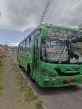 Vendo bus hino fg 2011 con derechos y acciones