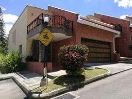 Casa Poblado Medellín 286m2