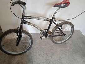 Bicicleta tipo BMX Aro 20