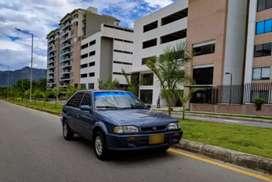 Se Vende Mazda 323 HS, modelo 2001