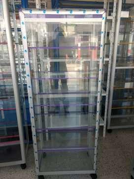 Vitrina torre en aluminio y vidrio de 60x150 nuevas.