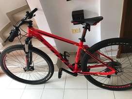 Vendo bicicleta scott 11979