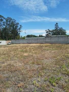 Venta de terreno en Tumbaco 1.528 m2 , Ideal para Proyecto inmobiliario, cerca a la Interoceánica