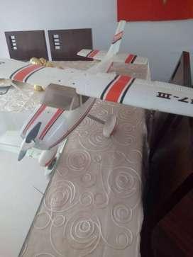 Avion a escala Cessna