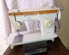 Vendo maquina de coser