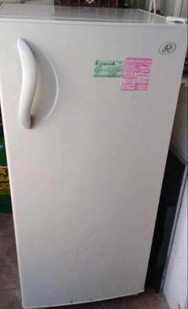 Vendo nevera Regina 297 litros
