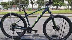Bicicleta Scott 960 2020 9v hidraulico