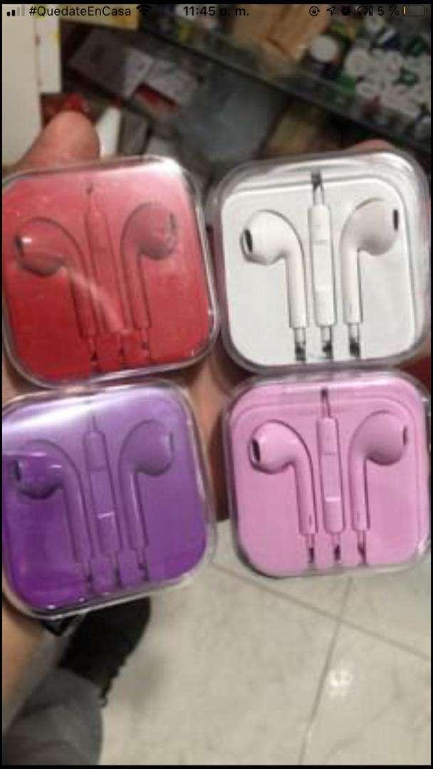 Audifonos auriculares 0