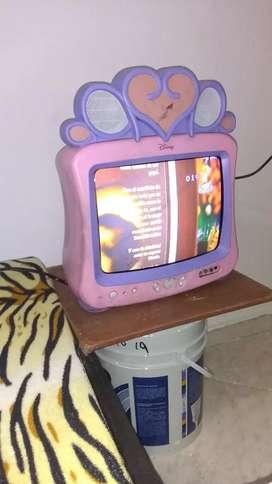 Tv antigüo de princesa rosado de Disney
