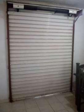 Se vende dos puertas cortina