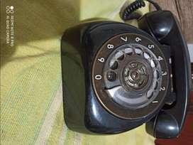 Telefono antiguo andando