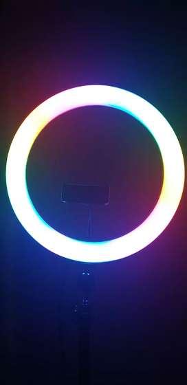 Se vende aro de luz en muy buen estado recien comprado negociable