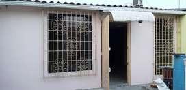 Vendo Casa Samanes.barata por Remodelar