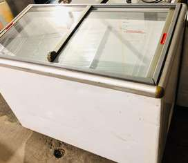 Congelador horizontal tapa cristal ahorrador de energia