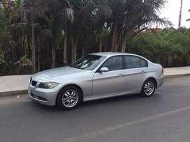 Venta BMW 320i, en buenas condiciones.