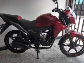 Hermosa moto honda cb 110