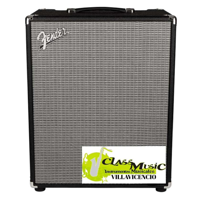Amplificador Bajo Rumble 200 Fender 0