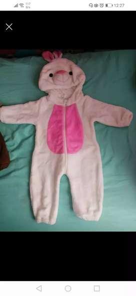 Vendo Disfraz usado en excelente estado talla de 6 a 16 meses