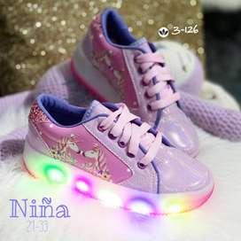 Gran promoción tacones zapatillas sansalias para dama y tennis para niña