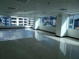 Oficina en renta sector La Carolina, República del Salvador, Centro Norte, Quito