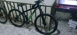 Bicicleta ontrail negro - verde