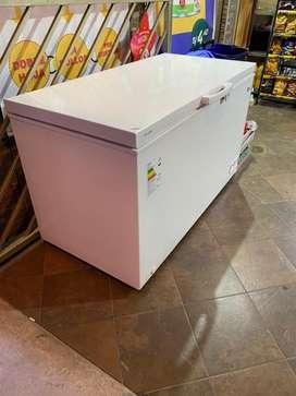 Congeladora miray CM400H