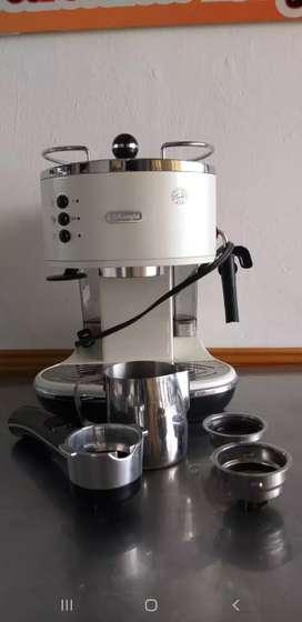 Delonghi Eco310w Cafetera Express Automática
