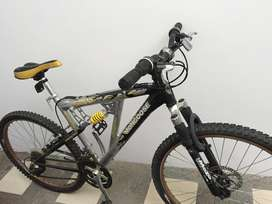 Bicicleta. Mongoose. MTB Mountain Bike No.26