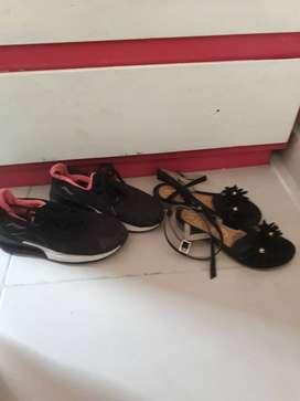 Tenis y sandalias