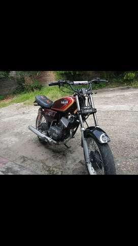 Vendo Moto Yamaha Modelo 99