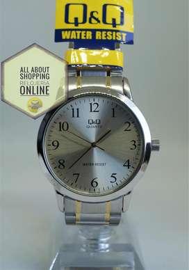 Reloj Q y Q Caballero Q946j403y Plata Dorado Resistente Agua