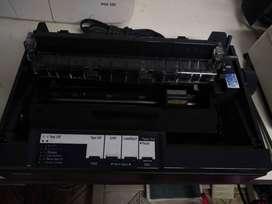 Impresora matricial EPSON LX 300II perfecto estado funcionando correctamente