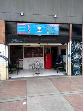 Vendo o permuto local comercial buena ubicación frente al portal de las Américas por motivo de salud