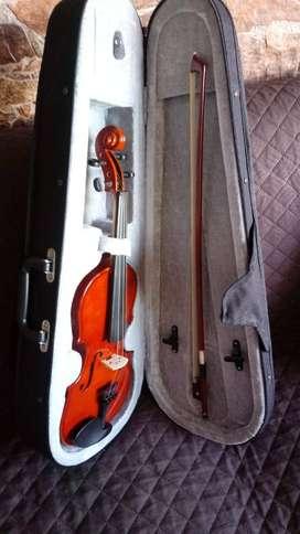 vendo violín nuevo y sin uso