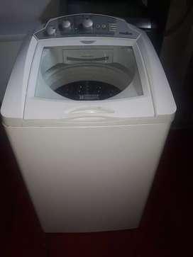 Lavadora mabe 24 libras en buen estado
