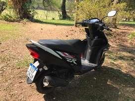 Vendo Yamaha ZR
