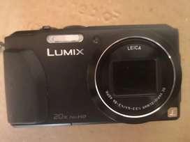 Panasonic Lumix DMC ZS30 GPS con accesorios