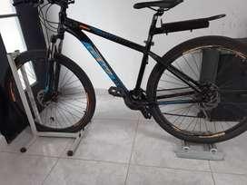 Bicicleta GW Zebra Rin 29 con rodillos para bici estática