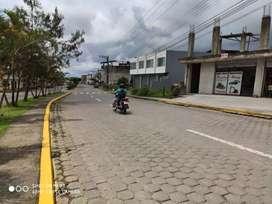 Oportunidad casa en calle principal de Pedro Vicente Maldonado