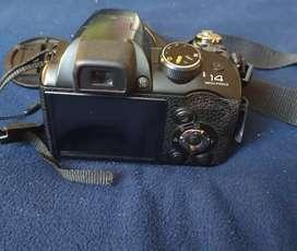 Camara fotográfica Fujifilm S4500