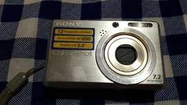 Camara Digital Sony Andando Y sin Flash