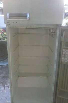 Vendo Urgente Heladera c/Congelador