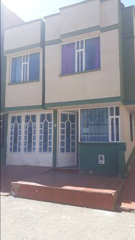 Se vende casa-duitama 2 pisos mas terraza