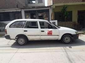 AUTO TOYOTA COROLLA DX- 4x4 -  VENTA A $3,500.00