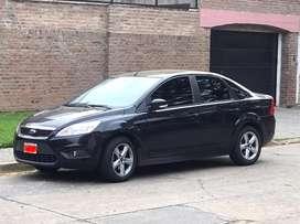 Ford Focus Exe 1.6, año 2011, 178000 km, cubiertas nuevas, 2 llantas nuevas, VTV,service al dia