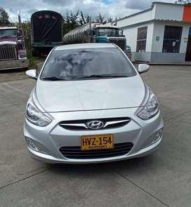 Vendo Hyundai i25 Modelo 2014