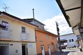 CASA COMERCIAL  POR LOS JUZGADOS