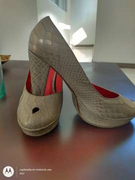Zapatos de mujer con tacón en cuero talla 38