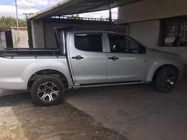 Camioneta D-MAX